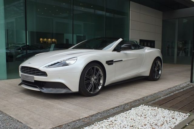 aston martin vanquish volante occasion moselle 57. Black Bedroom Furniture Sets. Home Design Ideas