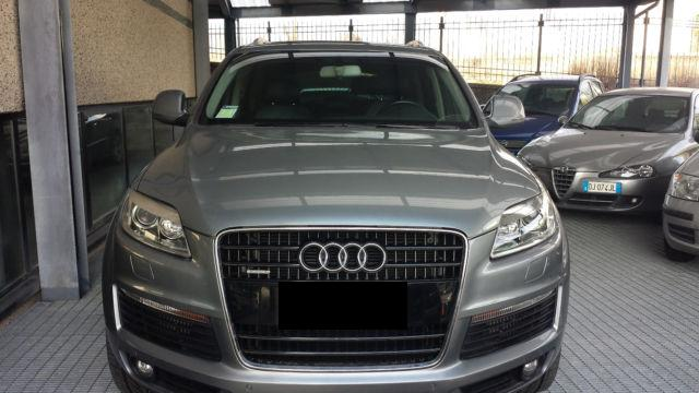 audi q7 3 0 tdi 7 places 28 000km occasion vendee 85. Black Bedroom Furniture Sets. Home Design Ideas