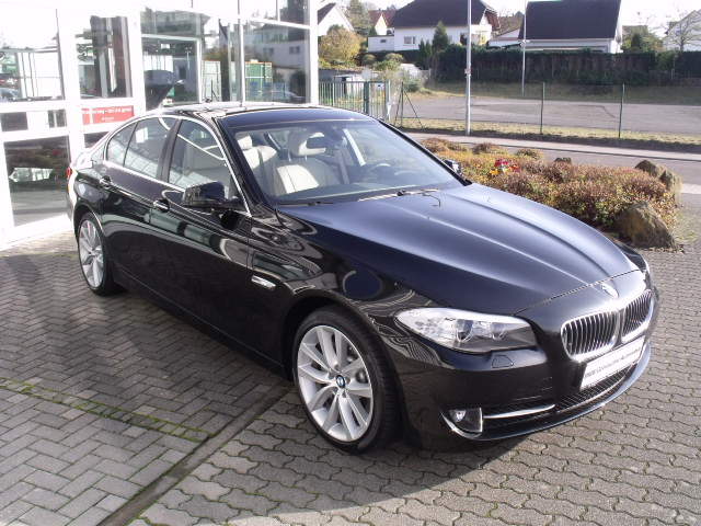 bmw serie 5 530d xdrive steptronic luxe occasion allemagne all. Black Bedroom Furniture Sets. Home Design Ideas