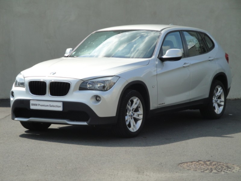 bmw x1 sdrive18d confort 2011 occasion maine et loire 49. Black Bedroom Furniture Sets. Home Design Ideas