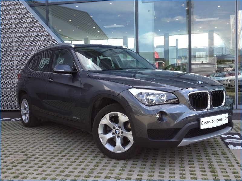 bmw x1 xdrive 18d 143 chexecutive 2013 occasion isere 38. Black Bedroom Furniture Sets. Home Design Ideas