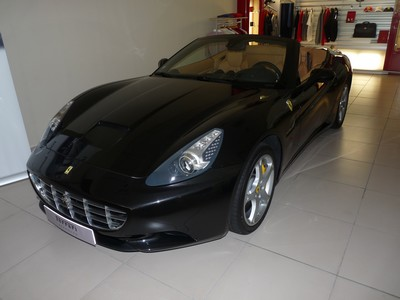 ferrari california occasion rhone 69. Black Bedroom Furniture Sets. Home Design Ideas
