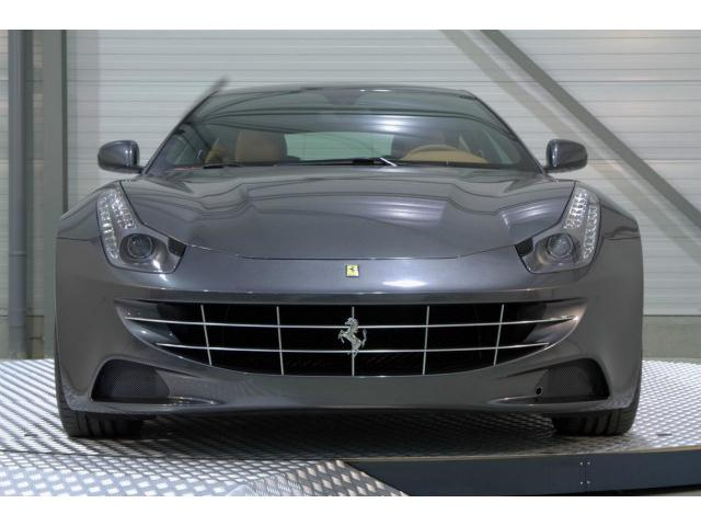 ferrari ff v12 6 0 660ch occasion marquette lez lille. Black Bedroom Furniture Sets. Home Design Ideas