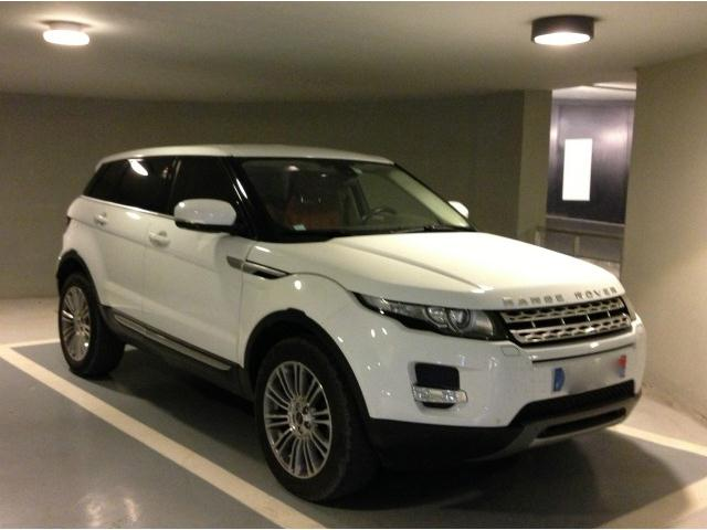 land rover range rover evoque td4 prestige 1 re main fran ais tat showroom occasion avignon. Black Bedroom Furniture Sets. Home Design Ideas