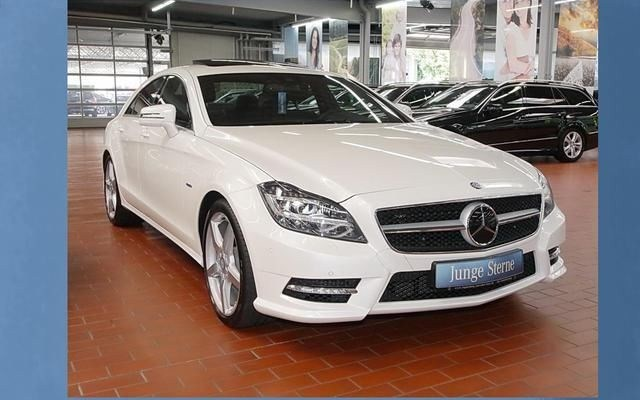 mercedes cls 350 cdi 4m amg styling occasion vendee 85. Black Bedroom Furniture Sets. Home Design Ideas