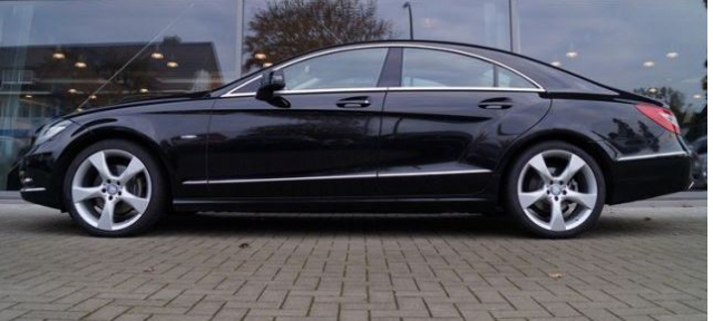 mercedes cls classe 350 cdi blueefficiency 4 matic a occasion gironde 33. Black Bedroom Furniture Sets. Home Design Ideas