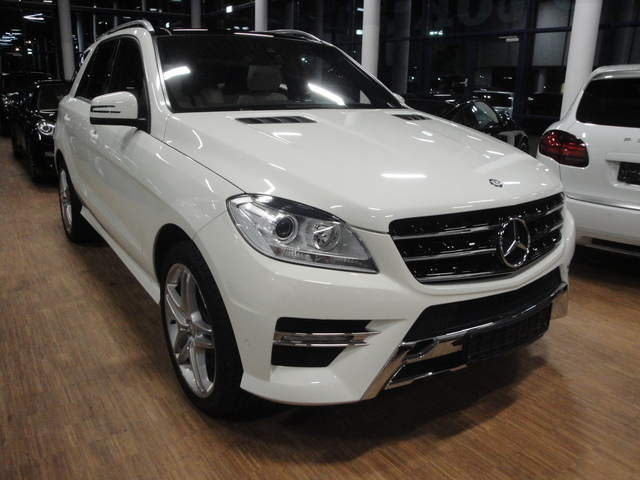 mercedes classe ml 350 bluetec 4airmatic amg sport 2012. Black Bedroom Furniture Sets. Home Design Ideas