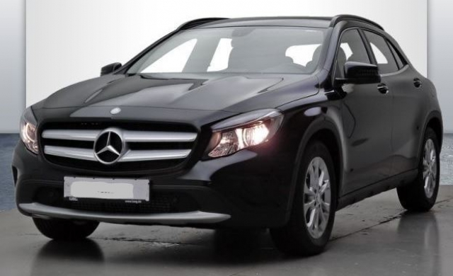 mercedes gla classe 200 cdi inspiration 7 g dct a occasion gironde 33. Black Bedroom Furniture Sets. Home Design Ideas