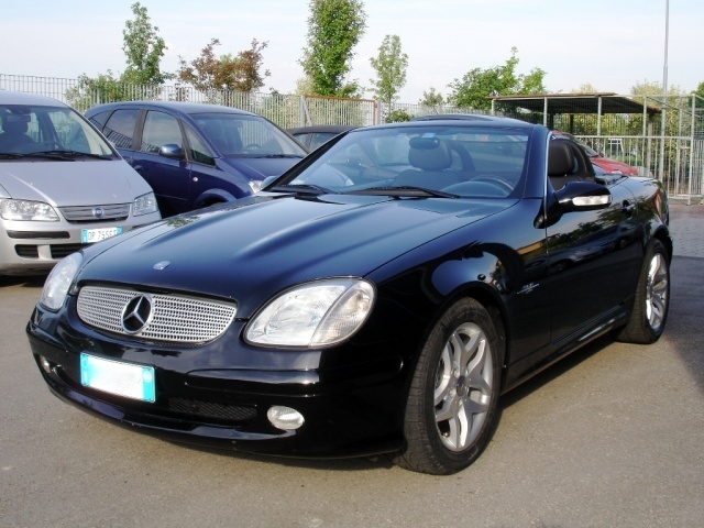 mercedes slk 200 special edition occasion vendee 85. Black Bedroom Furniture Sets. Home Design Ideas